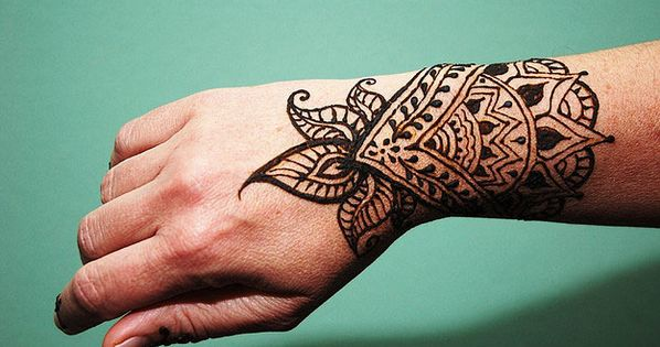 Inflicting Ink Tattoo Henna Themed Tattoos: Henna, Cool Henna And Hands