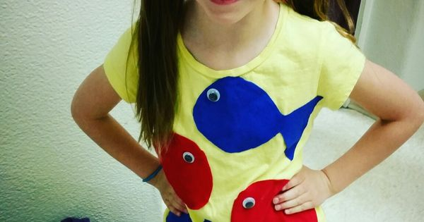 Diy dr seuss costume one fish two fish red fish blue for One fish two fish costume
