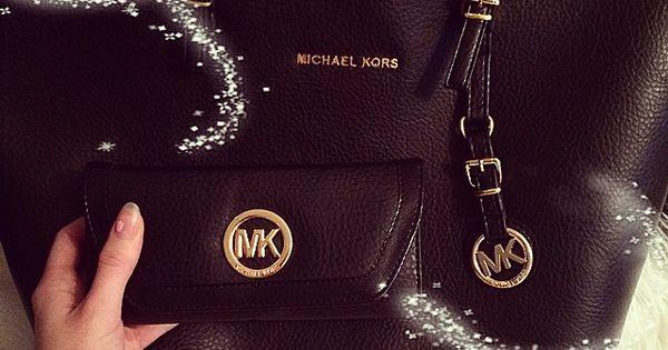 My absolute favorite!!!!!!!stunning!!! Michael Kors Tote cheap michael kors bags, FASHION WINTER