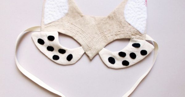 Fox mask costume DIY- this blog has amazingly cut DIY ideas