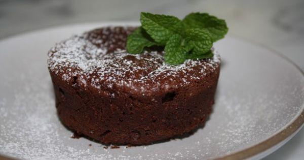 Flourless chocolate cakes, Flourless chocolate and Chocolate cake ...
