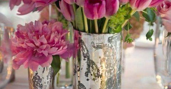 Beautiful tulip centerpiece, tulip wedding, tulip wedding bouquet