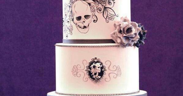 Mariage gothique, Gâteaux de mariage and Gothique on Pinterest