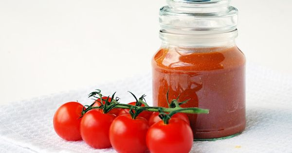Delicious homemade tomato sauce with an authentic sweet flavor