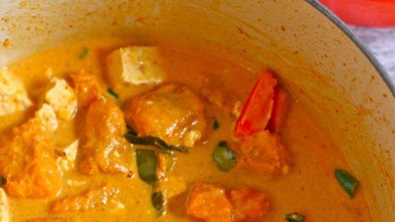 thai red curry with kabocha squash | Pumpkins, Pumpkin curry and Green ...