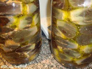 المقدوس المكدوس من المقبلات الرائعة الطعم والمشهوره جدا في بلاد الشام وخاصة فلسطين تق Food Pickles Blog