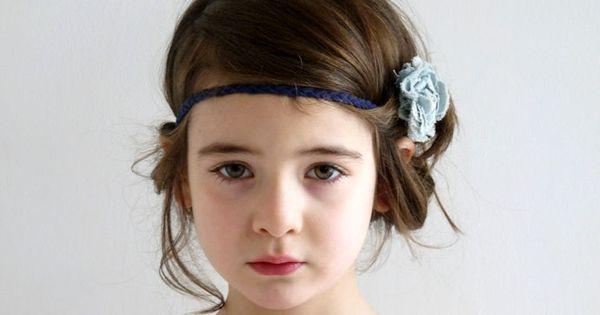 jolie coiffure pour petite fille enfants pinterest. Black Bedroom Furniture Sets. Home Design Ideas