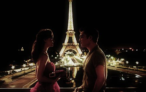 Blair Waldorf and Chuck Bass photoshopped into Paris