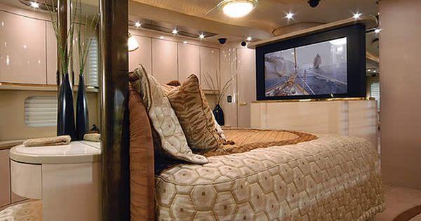 Vantare Platinum Plus Motorcoach World S Most Expensive Rv Caravan Interior Luxury Caravans Luxury Rv