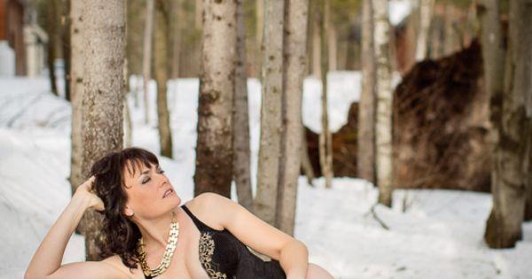 Frimas boudoir dans la neige snow winter boudoir shooting for Shooting photo exterieur hiver