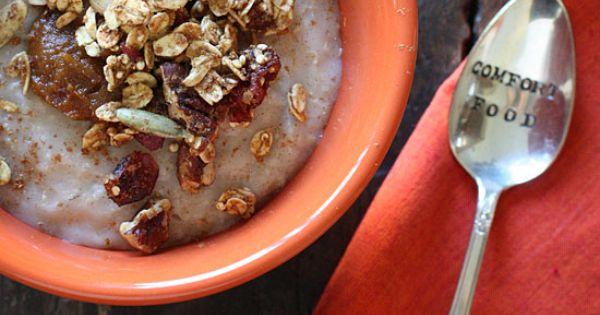 Pumpkin Spiced Oatmeal - A warm, creamy bowl of pumpkin spiced oatmeal