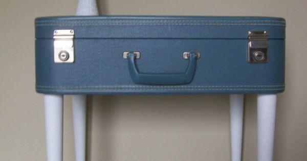 Valise vintage 4 pieds un joli chevet diy for Table valise