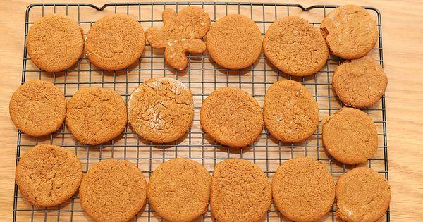 "Joe Frogger"" ginger rum molasses cookies by sassyradish, via Flickr ..."