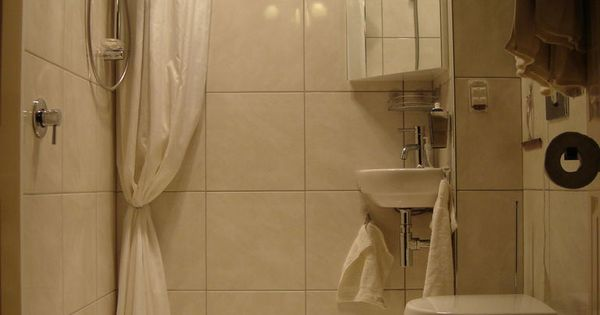 Disappearing Shower Curtain for Small Bathrooms | See best ...