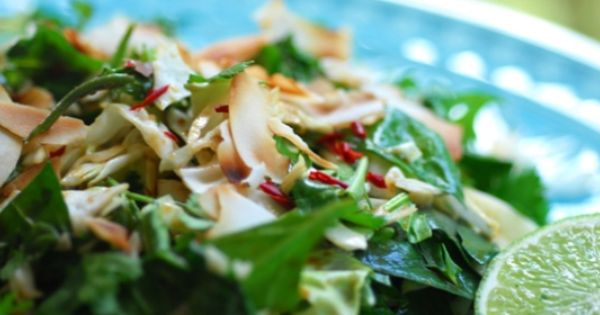 Crunchy Asian Cabbage Salad and a flavour popping dressing | Vegan and ...