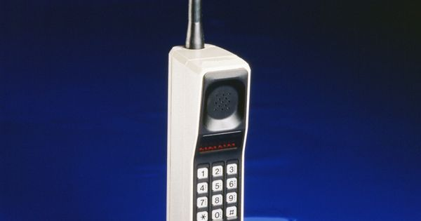 The Humble Beginnings of Cell Phones Today