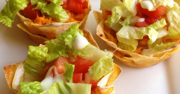 Buffalo Chicken Wonton Cups | The Mangia Mom | Misc by The ...