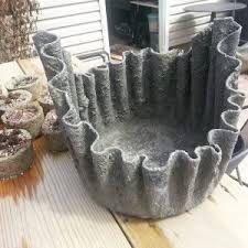 Vaso De Toalha E Cimento Pesquisa Google Garden Projects Diy Garden Plant Holders