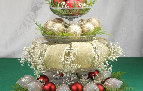 unique Christmas Table Decorations | table centerpieces 03 ss Christmas Wedding Centerpieces