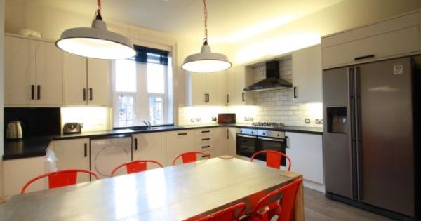 Flat 2 154 Woodsley Road 7 Bedroom Leeds Student House Kitchen 1 Student Accommodation Student House Spacious Kitchens