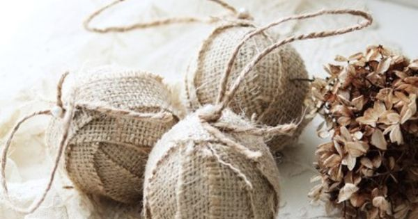 diy burlap christmas ornaments | burlap christmas balls | DIY/Homemade Christmas Ornaments