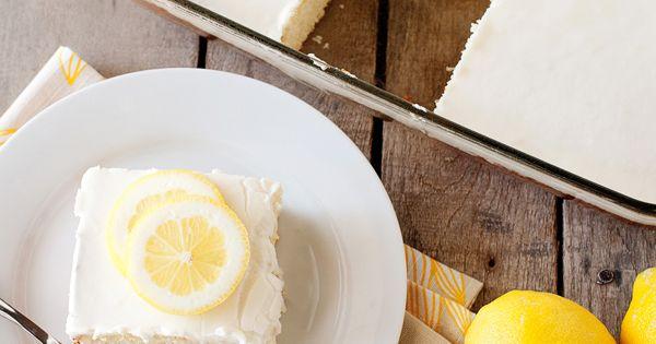 yum....Lemonade Cake, via baked bree food blog