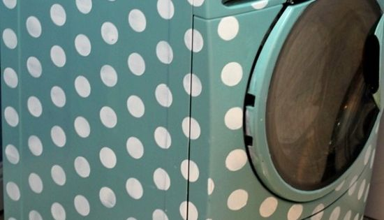 polka dot painted washing machine. Love this idea!