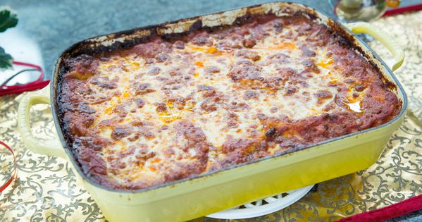 How to make valerie bertinelli 39 s homemade lasagna for Different kinds of lasagna recipes