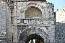 Arte Etrusca Arco Di Augusto Perugia Arte Romana Arte E Civilta
