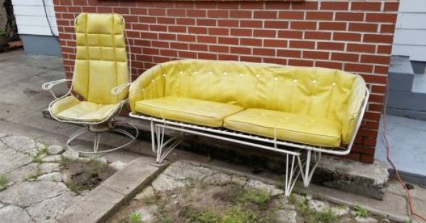 Pin By Christina Busse On Out Door Decorating Vintage Patio Furniture Furniture Gliders Patio Furniture For Sale