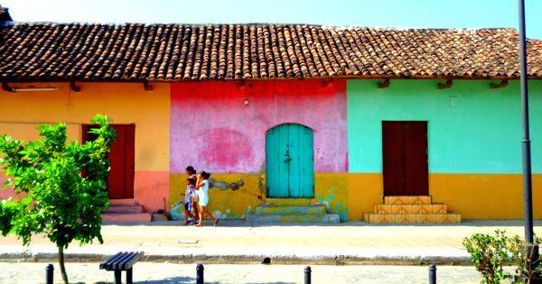 Colorful houses in Granada, Nicaragua!