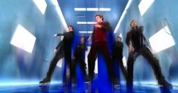 N Sync Bye Bye Bye For That One Brief Period In 2000 It Seems Like Finally Someone Can Put Up A Decent Competition To The Bsb With Images Nsync Beautiful Songs Songs
