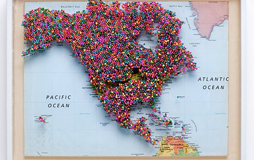Pin board; travel; North America