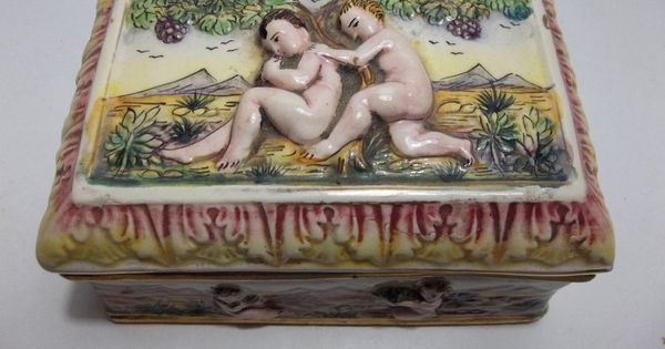 Capodimonte TRINKET BOX Cherubs PUTTI Gold Gilt 5.5