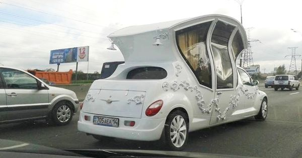 stretched pt cruiser with 489625790710047024 on Default besides 5 Times Retro Car Styling Went Horribly Wrong likewise 48676 2001 Pt Cruiser First Sq Install together with Cruiser Custom Parts also 10 Most Unconventional Limousines In The World.