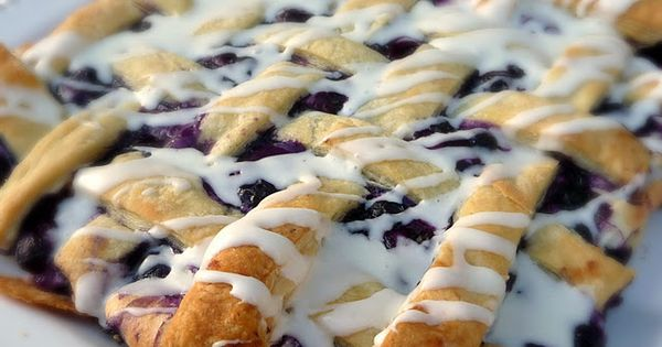 BLUEBERRY DANISH PUFF 1 box puff pastry {2 sheets}, thawed to room