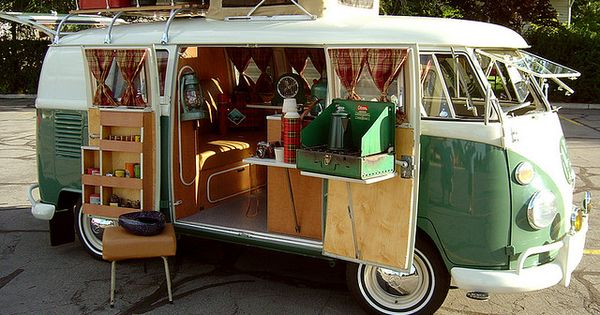 vintage volkswagon I soooo want one of these to fix up and