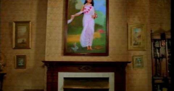 Meri Chunar Udd Udd Jaye Song By Falguni Pathak Ft Actress Ayesha Takia Cool Gifs Earth Angel Songs