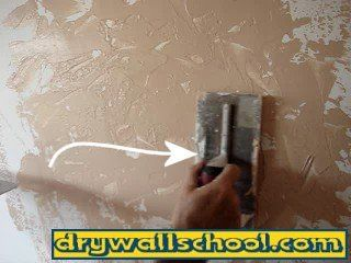 How To Do Skip Trowel Wall Texture Technique With Video Skip Trowel Texture Trowel Texture Drywall Texture