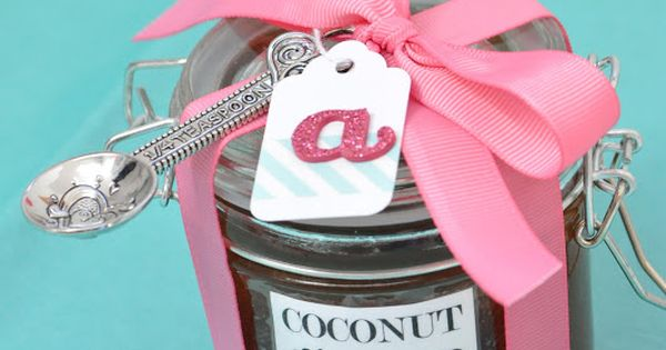 homemade DIY sugar scrubs {from little birdie secrets} Gift idea