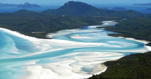 One of the most beautiful places i have ever seen! Whitehaven Beach,