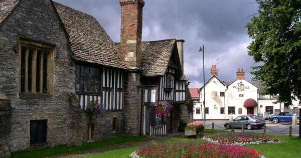 Evesham United Kingdom  city photo : Evesham, England | Old World Romantic: United Kingdom | Pinterest ...