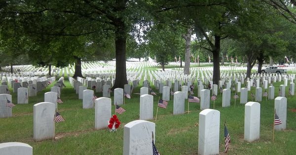 is memorial day 2014 a holiday