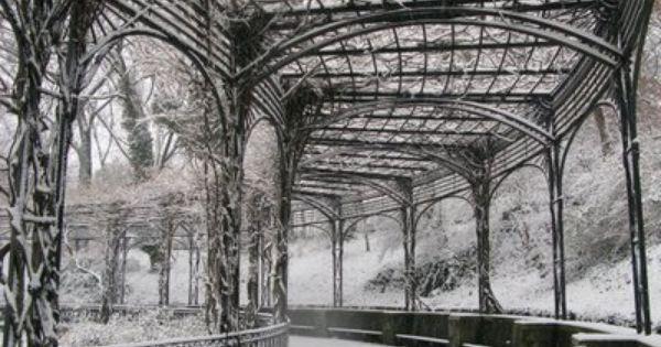 First Decent Snowfall Of Winter 08 Conservatory Garden Covered Pergola Winter Garden