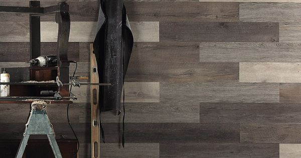 Houten wanden, Planken and Schroot on Pinterest