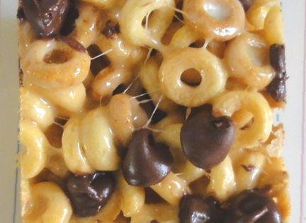 Peanut Butter Cheerios Treats INGREDIENTS: 6 cups Cheerios, 2 tbsp butter, 1/3