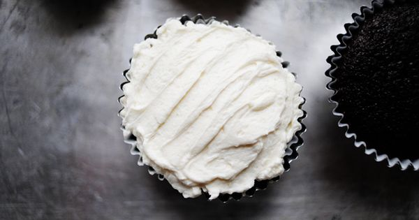 Best frosting recipe ever via The Pioneer Woman