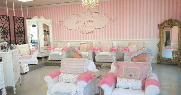 the theme s the thing savvy chic nail cottage chic nails. Black Bedroom Furniture Sets. Home Design Ideas