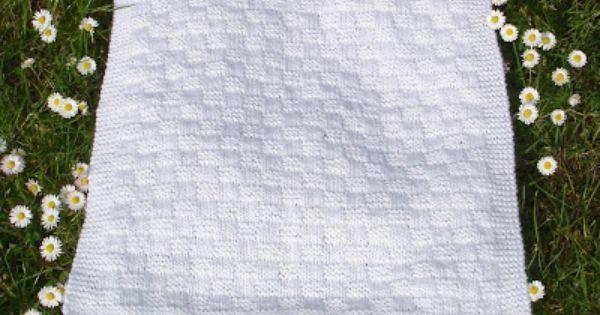 Marianna S Lazy Daisy Days Premature Baby Blanket Basketweave Stitch Charity Knitting