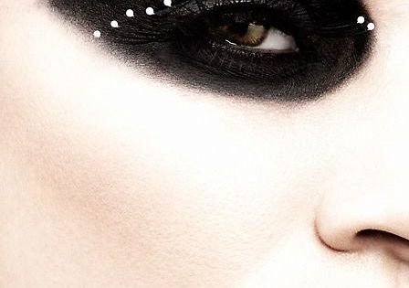 dramatic eye makeup | Claus Wickrath Beauty Photography » dramatic-black-eye-make-up
